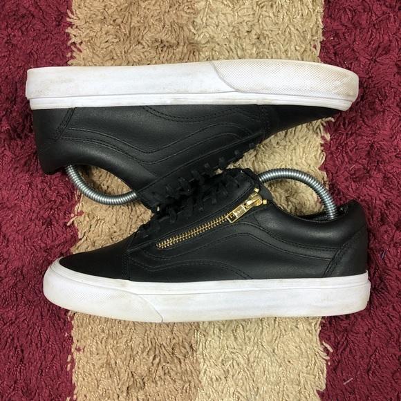 12e98c9d6c Vans Old Skool Zip (Leather) Black  Gold Unisex. M 5b7ddbd904ef50b33d7b18a3